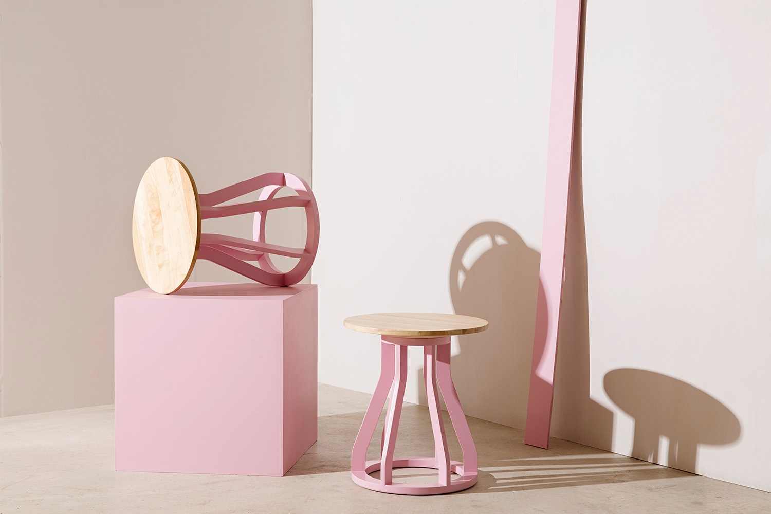 Dessein furniture colour finishes pink
